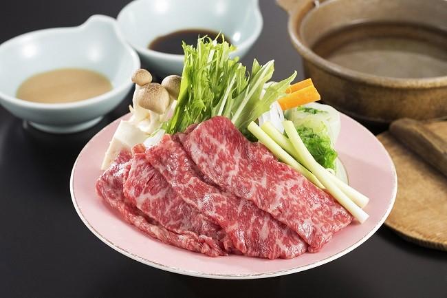 夕食はきたかみ牛の陶板焼き(上)もしくはしゃぶしゃぶ(下)