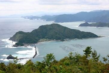 大分県内の七つの有人島のうちの一つ屋形島