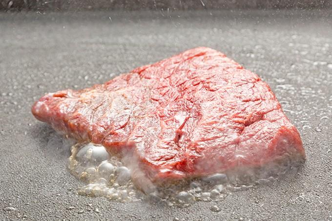 平松牧場指定熟成国産和牛モモステーキ用500g