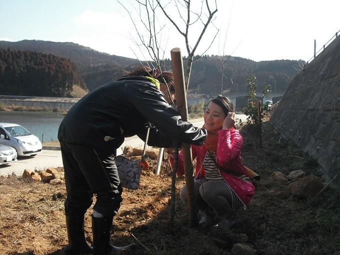 有明(たから)の海への植樹祭風景