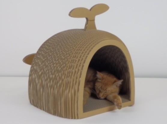 ネコの爪とぎ家具 「DODACODA(くじら)」