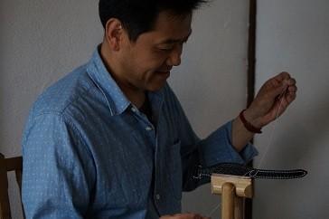 環境にやさしい植物タンニン鞣しの革を使用