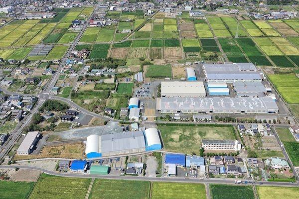 掛川市にある「フランスベッド」の羽毛工場。