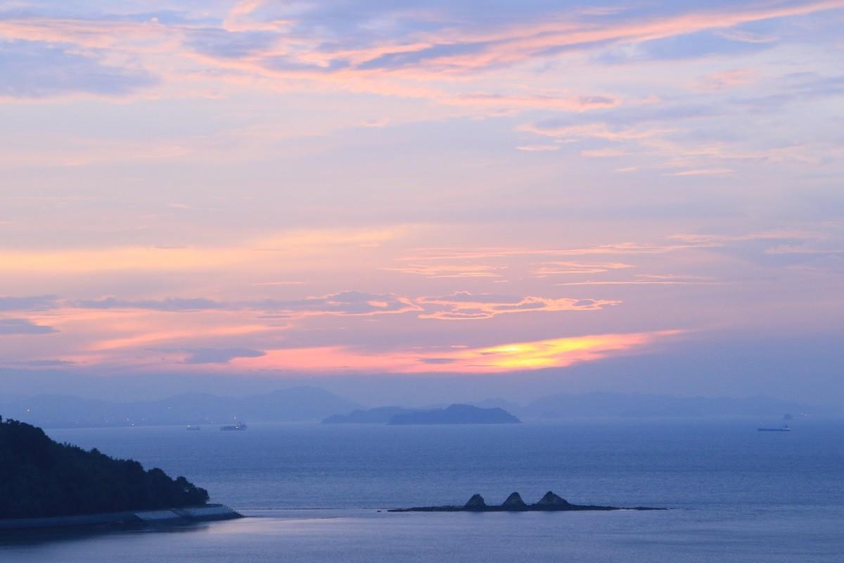 瀬戸内海の海辺の小さな町、岡山県浅口市寄島町
