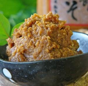 最も熟成された赤味噌タイプ『田舎味噌』