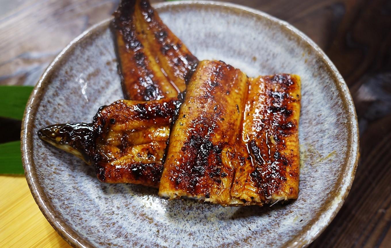 お好みの温め方で四万十地焼き【極上】鰻をお楽しみください