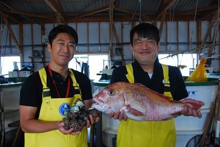 宗像・鐘崎漁港より新鮮な魚介をおとどけします!