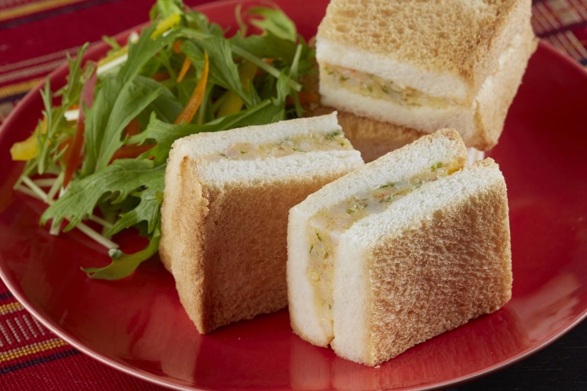 長崎卓袱料理のメニューの一部として提供されている「ハトシ」のセット!