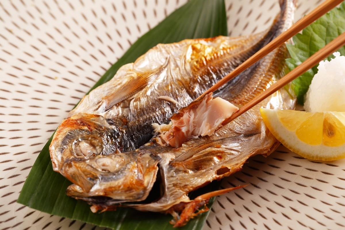 長崎県はアジの漁獲量全国1位!! 鮮度の良い状態で開きにしています。