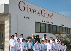 Give & Give(株式会社 山忠)
