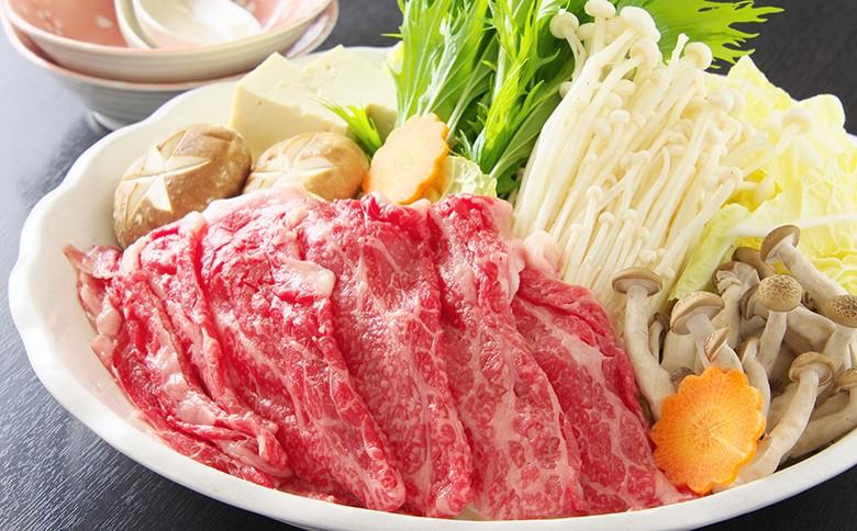 黒毛和牛しゃぶしゃぶです。須崎の季節の一番いい野菜と一緒に