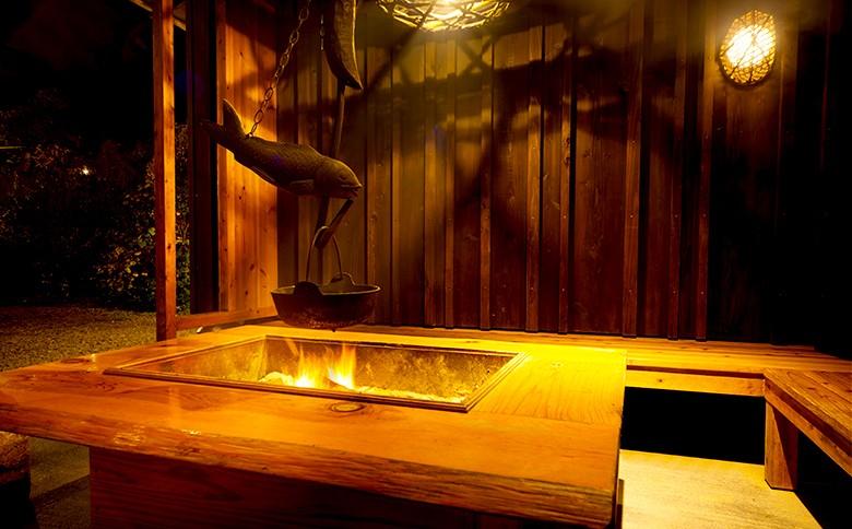囲炉裏です。お風呂上りにのご休憩にお使いください。