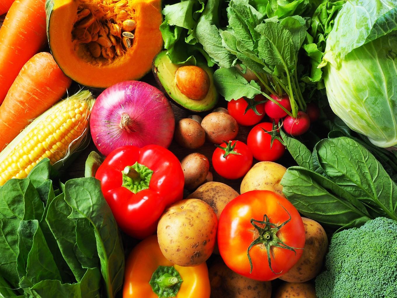 お届けは契約農家さんが育てた安心安全な野菜だけ