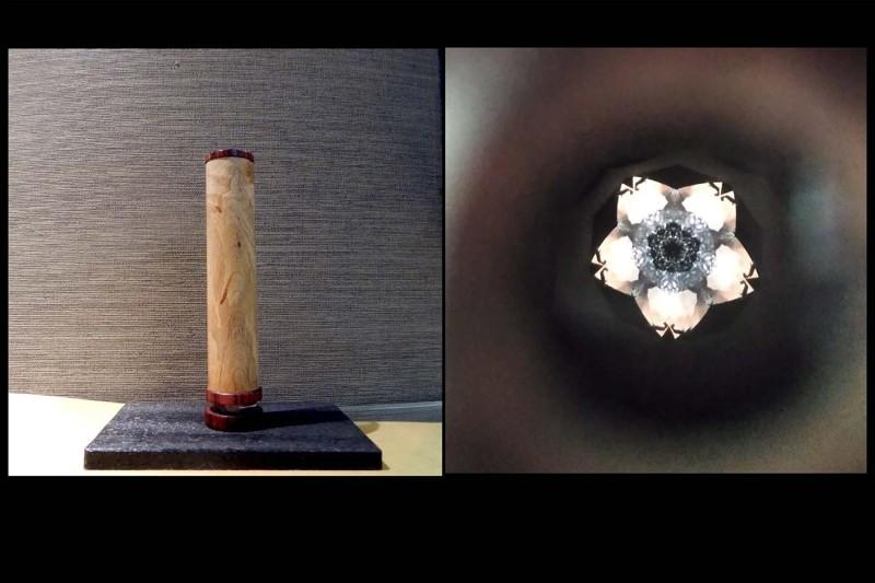 中を覗くと映像が、ゆっくり回転し「桜」の花びら変化します。