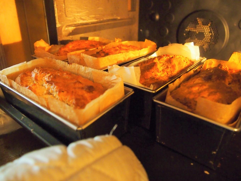 焼き上がってオーブンをあけるのは毎回楽しみ