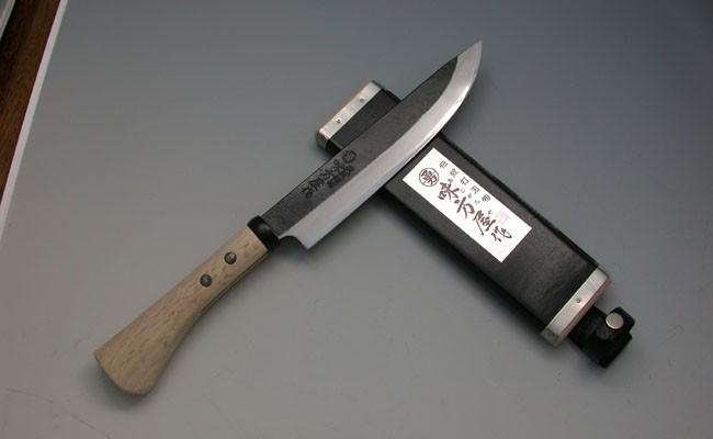 【05-001】味方屋 黒打ち剣鉈両刃6寸ポイント制とは?