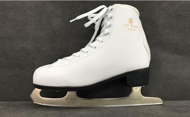 004-003 < スケート靴 > S・S・S...