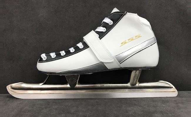 006-002 < スケート靴 > S・S・S...