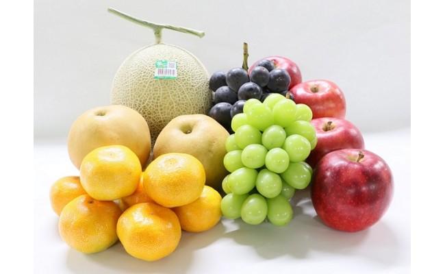 フルーツボックスのラインナップも季節でガラリと変わり、四季の豊かな恵みを箱いっぱいに詰めてお届けします。