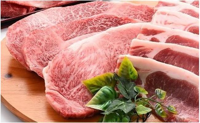 きめ細やかな肉質と、まろやかなコクが絶品の最高級の黒毛和牛に厳選された鹿児島県産黒豚ステーキがたまりません。