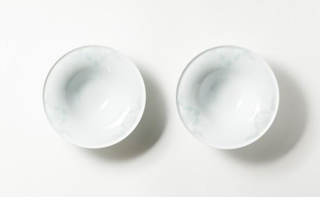 伊万里焼/畑萬陶苑/青磁唐花浮彫反ボール2客