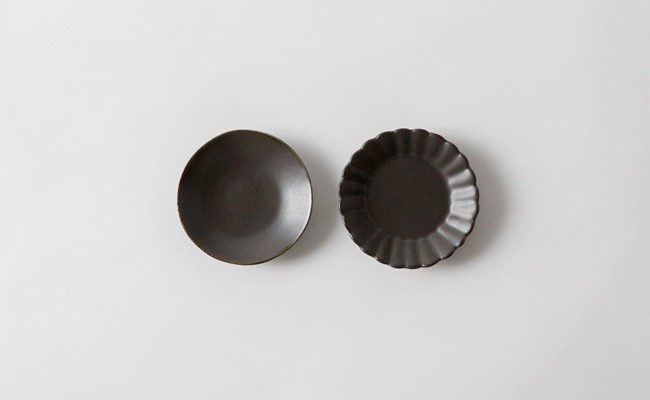 有田焼/やま平窯/イタリア小皿と菊割小皿