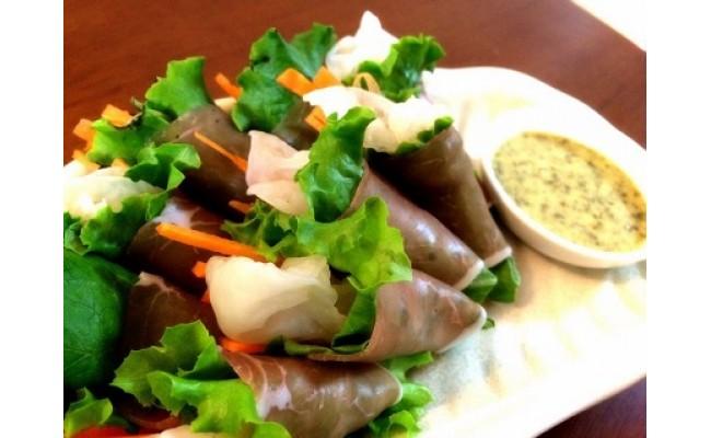 白いきくらげ「白美茸」と野菜の生ハム巻き