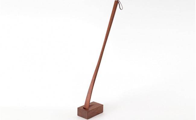 [№5875,0094]逗子オリジナル 木の靴べら(スタンド付き) ウォルナット材