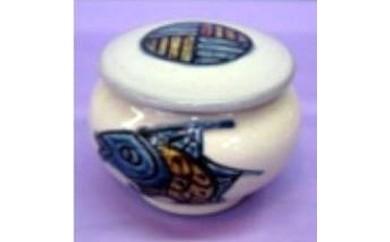 7 壺屋焼 魚紋豆タラフ