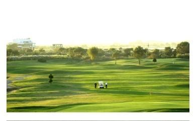 AP02_古河市営ゴルフ場古河ゴルフリンクス平日ペアゴルフプレー無料券(4名分)食事つき