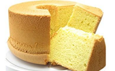 [№5748-0012]有精卵の卵黄をたっぷり使ったシフォンケーキ「プレミアムプレーン」とシフォンケーキラスクのセット