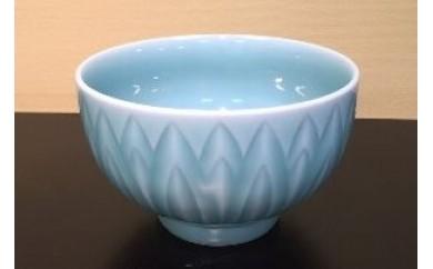 H072青磁菊彫抹茶碗