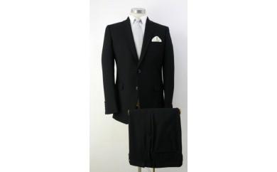 581 温度調整(アウトラスト)素材を使用した紳士礼服 Y4