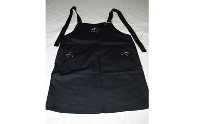 10S56 手刺繍 エプロン 黒 ワタコウ・オリジナル(ポリエステル50%、綿50%)