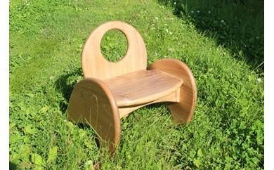 G-1 ぬくもりと優しさで小さな希望を包み込む 「お子様用椅子~JUMP~」