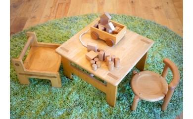17506.子ども家具と積み木