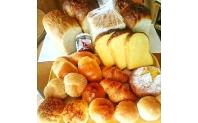 AQ81 「カントリーサイド」国産小麦100%使用安心素材のパン詰め合わせA【10,000pt】