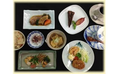 No.023 自然食レストラン「ひかりのさとファーム」の季節の料理御膳ペアチケット