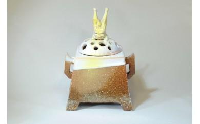 29S1-003 飛獅子香炉(山口県指定無形文化財萩焼保持者 大和 保男 制作)【500,000pt】