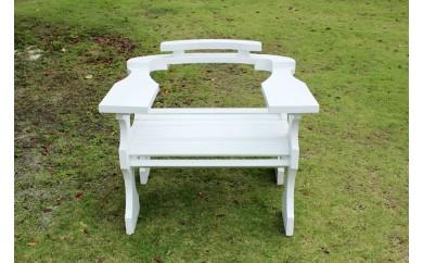 【ホワイト】沖縄県やんばる東村で作られた『丈夫な椅子』