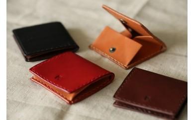 【坂田典子の革小物】てのひらサイズの革のコインケース(ブラック)
