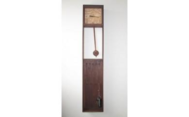 B34 木製掛時計