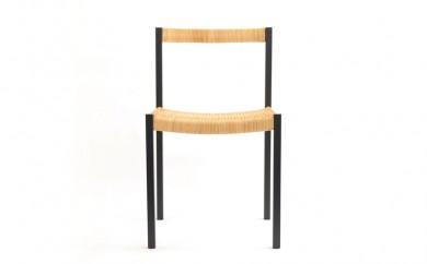 018-001 簡素な椅子