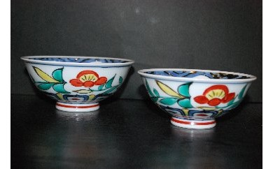H193伊万里陶苑万歴花文夫婦茶碗