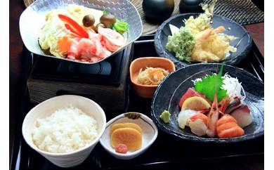 G005 エビとカニの水族館とレストランでのペアお食事券+和歌山のお土産満載!