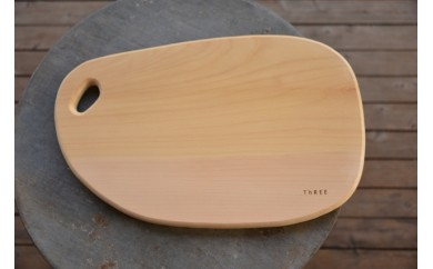 TR-06 【数量限定】木工職人の手作りまな板まるっこ大サイズ(銀杏)【ThRee】