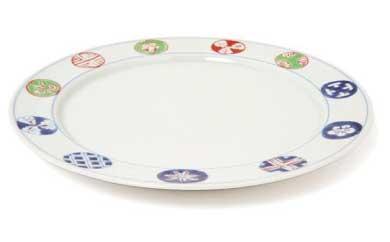 【有田焼】染錦丸紋段付9寸丸皿