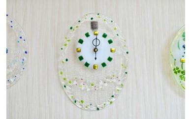 C-022 春待ちガラスの掛け時計