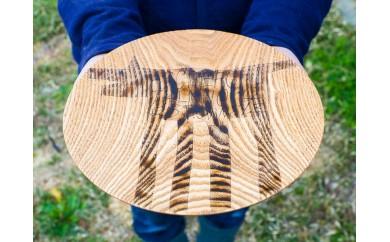 【宮内知子の木工作品】インテリアにも使える木工作家の漆で描いたお皿〈いきもの柄〉(大さいサイズ1枚)