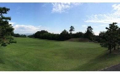 40S15 賑済寺ゴルフ場 休日プレー券(朝食・昼食+1D 付き)【1名様分】